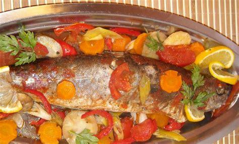 cuisine de poisson poisson au four recettes de poissons cuisine marocaine