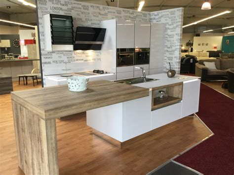 magasin de vetement de cuisine cuisine gorgeous meuble pour magasin meuble pour magasin