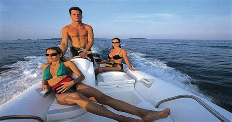 Old Zodiac Boat Models by New Zodiac Inflatable Boats For Sale In San Diego California