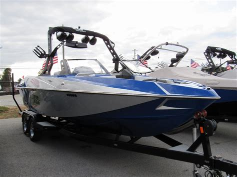 Wakeboard Boats For Sale Atlanta by 2017 Axis Research T23 Wakeboard Wakesurf Boat