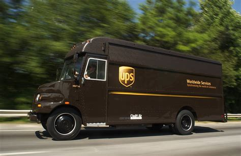 These Old School Photos Show The Evolution Of Ups' Big