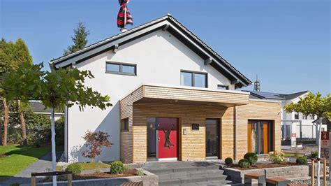 Rote Dachziegel Graue Fenster by Fingerhut Einfamilienhaus Dunkles Satteldachhaus Wei 223