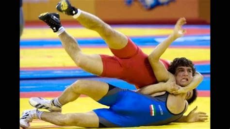 Perfectly Timed Sports Photos - YouTube