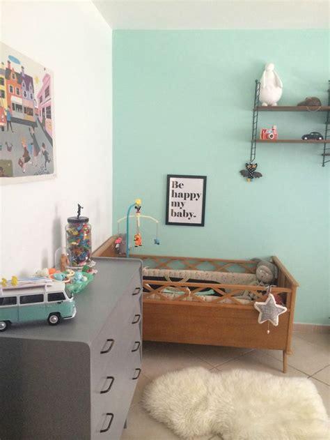 peindre une chambre de fille dco vintage soigne dans cette chambre de bb garon