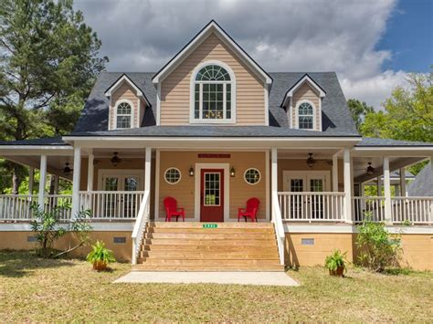 Two Country Homes on Pristine Land : Ranch for Sale in ...