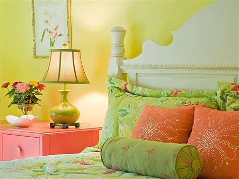 pics of bedroom colors colorful small bedroom decorating ideas 16646 | coral and green bedroom 58a6c3615f9b58a3c9ec8954
