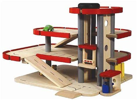 houten garages autos de tovertuin houten speelgoed