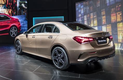 O dinamismo do classe a sedan interpretado num sedan esportivo. 2019 Mercedes-Benz A-Class L Sedan Specs and Images - CarsMakers