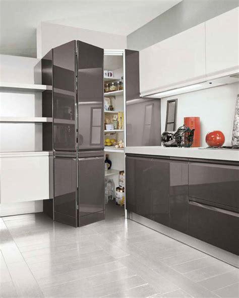 armadio dispensa cucina cucine ad angolo moderne con piano cottura o lavello ad