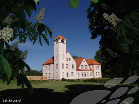 Jāņa Čakstes māja | Latvia Travel