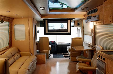 entertainer  bus leasing usa bus charter usa bus