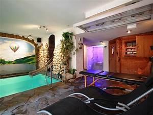 Pool Mit Gegenstromanlage : ferienwohnung simonis 2 og privat hallenbad u sauna mosel firma ferienhaus simonis herr ~ Eleganceandgraceweddings.com Haus und Dekorationen