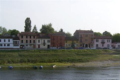 Pavia Borgo Ticino by Pavia