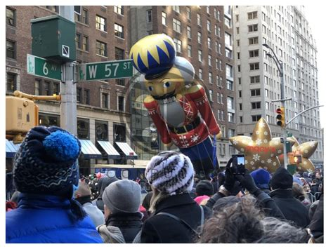 macys thanksgiving parade brunch  rue   thu