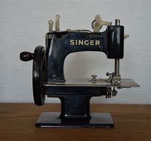 Petite Machine À Coudre : petite machine coudre singer broc 39 en 39 guche ~ Melissatoandfro.com Idées de Décoration