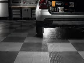 gladiator garageworks gaft24tttb black floor tile 24 pack