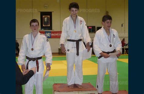 villefranche sur sa 244 ne judo deux minimes en 233 vidence 224 la maison du judo 224 lyon