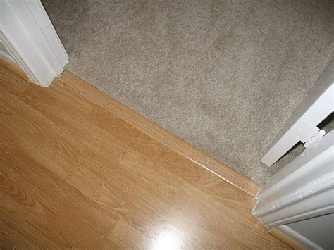 Carpet vs Laminate Flooring   Difference and Comparison