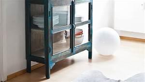 Vitrinenschrank Glas Metall : vitrinenschrank rabatte bis zu 70 westwing ~ Indierocktalk.com Haus und Dekorationen