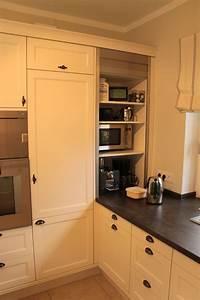 Stein Arbeitsplatte Küche : k che wei lackiert mit arbeitsplatte aus stein wohnen pinterest k che arbeitsplatte ~ Orissabook.com Haus und Dekorationen