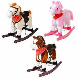 Cheval à Bascule Bebe : cheval bascule peluche bois son et mouvements rose conforama ~ Teatrodelosmanantiales.com Idées de Décoration