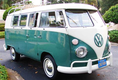 volkswagen kombi vw kombi turns 60 car news carsguide
