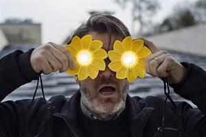 Licht Ohne Strom : olafur eliasson bringt licht in regionen ohne strom monopol magazin f r kunst und leben ~ Orissabook.com Haus und Dekorationen