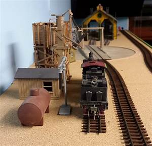 Brian Makes Some Changes To His Shelf Model Railroad