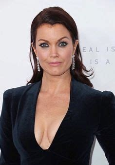 bellamy young shows bellamy young shows off her curves in racy figure