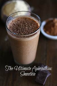 Aphrodisiac Smoothie with Cacao and Maca