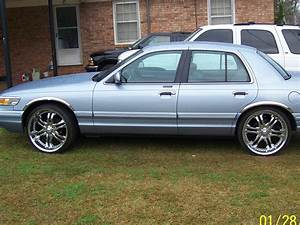 De El Capatan 1997 Mercury Grand Marquisls Sedan 4d Specs  Photos  Modification Info At Cardomain