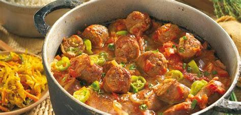la cuisine reunionnaise par l image voyage culinaire vers la cuisine r 233 unionnaise les 7 destinations