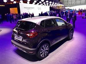 Renault Captur Initiale Paris 2017 : renault captur initiale paris le captur restyl haut de gamme photo 1 l 39 argus ~ Medecine-chirurgie-esthetiques.com Avis de Voitures