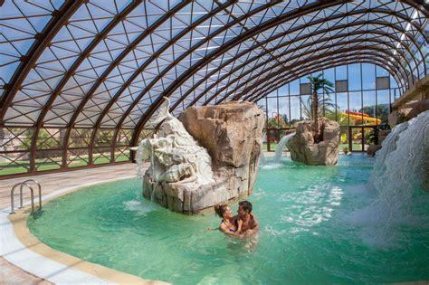 chambre avec dans le sud cing dans le sud avec piscine cing parc aquatique