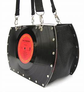 McGinn: Springfield woman makes purses out of old vinyl ...