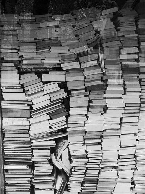 stack of books | Tumblr