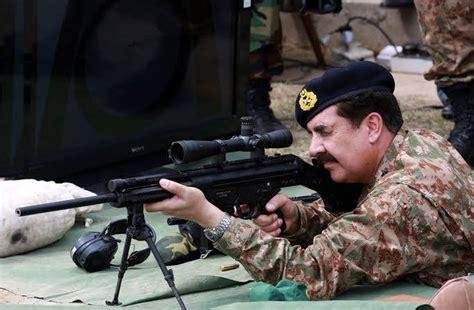 pakistans indigenously manufactured assault cum sniper rifle azb dmr mk  pakistan