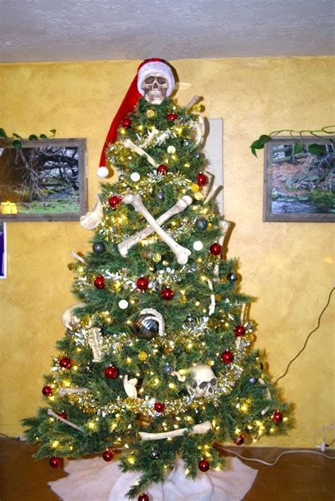 pirates   caribbean themed christmas tree cool
