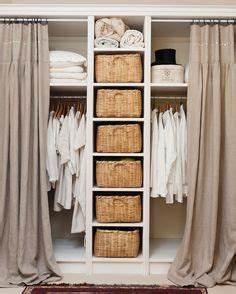 Kleiderschrank Für Kleine Räume : kleiderschrank pax mit vorhang anstatt t ren pax ikea curtain wardrobe schlafzimmer ~ Bigdaddyawards.com Haus und Dekorationen