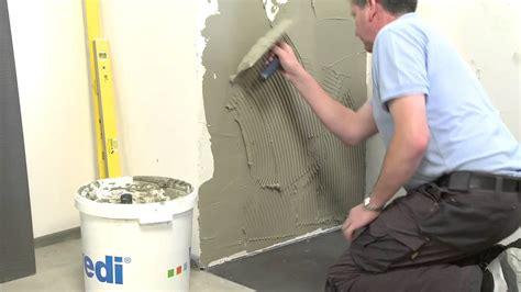 wedi fr wedi montre la construction d une salle de bain avec la plaque hydrofuge