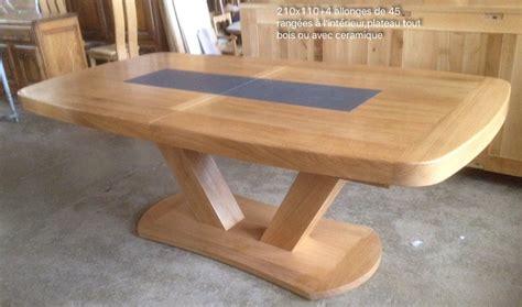 repeindre une table de cuisine en bois table bois massif brut manger rustique accueil design et