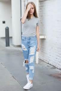 Brandy Melville Boyfriend Jeans Outfits