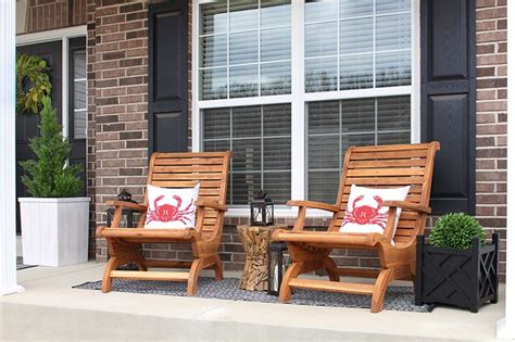 Front Porch Table by Small Front Porch Makeover Hayneedle