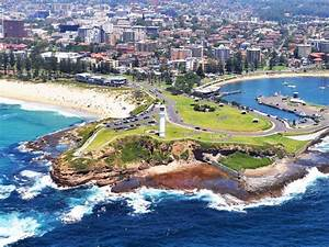 Wollongong and Harbour Lighthouse Sydney, Australia
