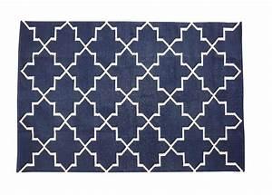 tapis graphique bleu hubsch wwwgroupdecofr site With tapis graphique bleu