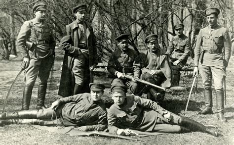 Latviešu strēlnieki - Latvijas Nacionālā fronte ...