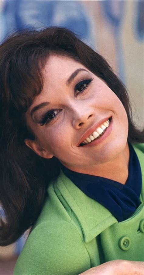 mary tyler moore biography