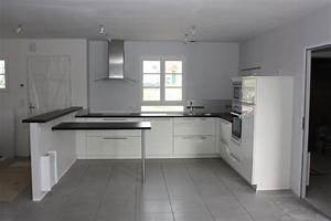 Quelle couleur cuisine avec carrelage gris moyen 8 messages for Quelle couleur va avec le taupe 7 aide pour choix de couleur peinture des murs de cuisine