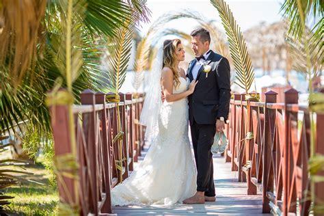 Derrel Ho-shing Toronto's Destination Wedding Photographer