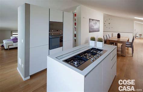 cucina mansarda abitare in mansarda cose di casa